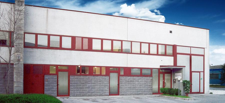 Nella produzione di componenti per mobili for Produzione di mobili
